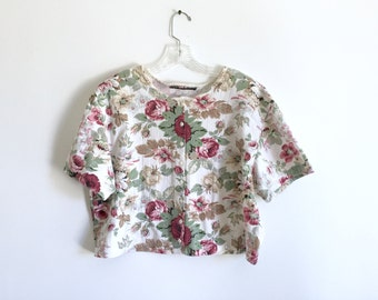 Pastel Floral T-Shirt Semi Cropped / 90's Muted Pastels XL Cropped Short Sleeved Button Down T-Shirt / 80's Floral Ribbed Cotton Shirt