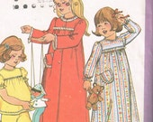 70s Girls Nightgown and Housecoat Pattern Simplicity 8010 Size 3 4 Sweet Pajamas Robe Pattern Childrens Sewing 1977 Vintage Sewing Pattern
