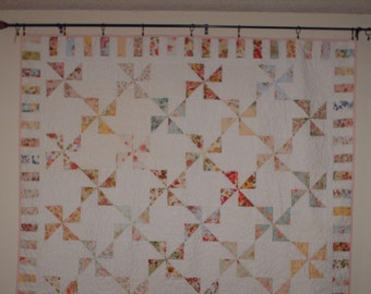 FLORAL PINWHEEL Full Size 72x80 Free S/H Domestic Only