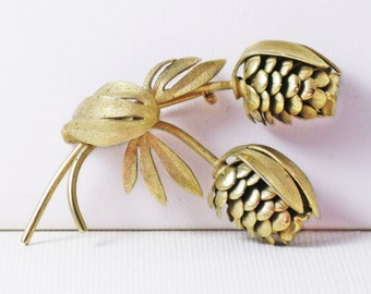Vintage Gold Tone Floral Pine Cone Brooch Pin (B-1-6)