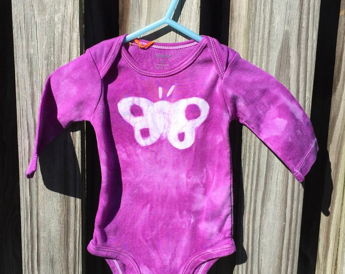 Butterfly Baby Bodysuit, Purple Butterfly Baby Gift, Baby Girl Bodysuit, Purple Baby Gift, Baby Shower Gift (3 months)