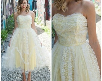 Vintage 1950's Tulle Prom Dress/ 1950's Buttercup Yellow Dress