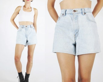 Levis Jean Shorts Vintage High Waist Jean Shorts Levi Strauss 80s 90s Womens Light Wash Denim Shorts Classic Summer Shorts 28 Inch Waist (M)