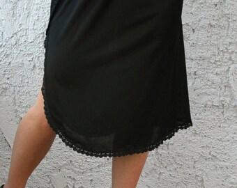 Vintage Fortune Lace Half Slip - sz Medium