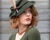 Women Felt Tilt Fedora Hat Rustic Vintage Style in Green