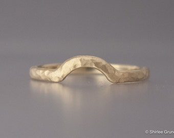 Gold Contour Wedding Band - 2mm Half Round Nesting Wedding Ring in Yellow, Rose  or White gold - Choice of textures