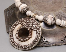 OLGUN - Tribal necklace with Naga Shell Pendant, white pendant, vintage, UNIQUE PIECE, cosplay, Roman style, Greek style, Arabian style.