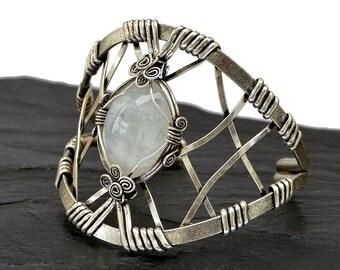 Moostone Bracelet, Wire Wrap Bracelet, Silver Cuff Bracelet, Staterment Bracelet, Moonstone Cuff, Chunky Bracelet, Bridal Bracelet
