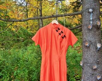 Vintage Cheong-sam 1960's Orange Polished Cotton Willowy Halloween  Elegant Dress-up Costume Lady-like Chinese Custom Long Petite Dress