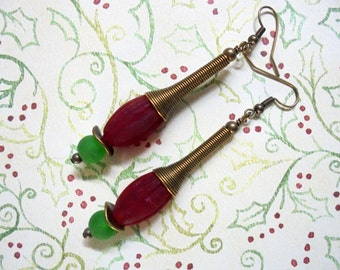 Red and Green Christmas Earrings (2366)