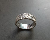 Abstract Crosshatch Silver Wedding Band - Silver - Men's Wedding Ring - 7mm - Contemporary Design