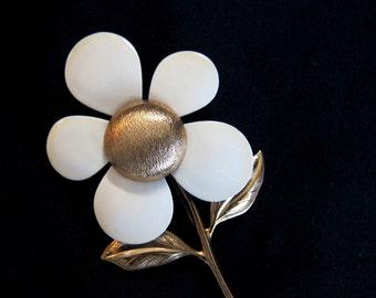 Vintage Sarah Coventry Enamel Flower Brooch/Pin