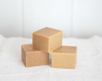 8 OZ SOAP CUBE - Honey Blossom - Ellie's Handmade Soap - 100% Natural + Cold Process Olive Oil Soap