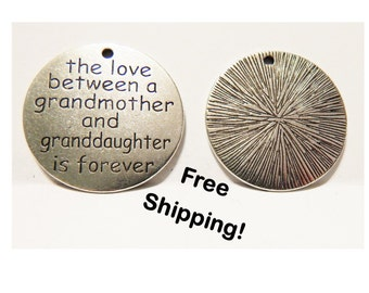 The Love Between A Grandmother - Charm