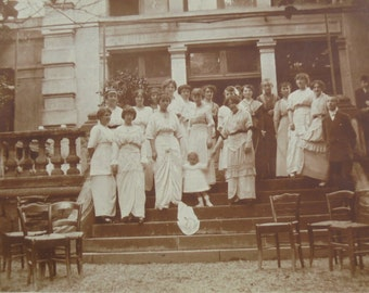 Old French Photo - Group of People on the Terrace Steps of a Large House