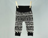 Gender neutral baby clothes, modern baby leggings, black & white aztec pattern, unisex baby clothes
