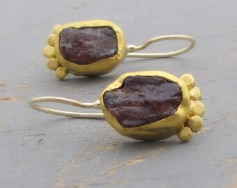 Garnet Earrings - 24k Gold Gold Earrings  - Fine gold Garnet Earrings - Rough Cut Garnet Earrings