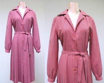Vintage 1970s Dress / 70s Brick Red Ivory Wool Plaid Day Dress / Medium