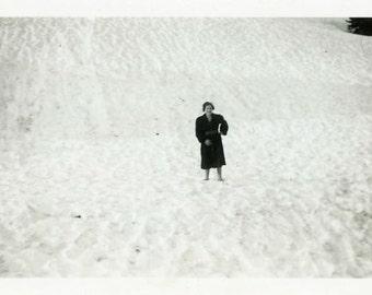 "Vintage Photo ""Lost in Winter"" Snow Minimalist Snapshot Photo Old Antique Black & White Photograph Found Paper Ephemera Vernacular - 196"