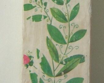 Vintage Floral / Green Lady Shabby Chic Key Holder