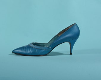 Vintage 1960s Blue Stiletto Shoes - Leather High Heels - Bridal Fashions Size 7 8 AA