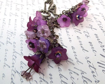 Purple Lilac Trumpet Flower Lariet Statement Necklace - Secret Garden