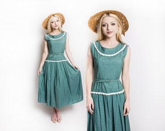 Vintage 1950s Dress - Sage Geen Cotton sleeveless Full Skirt Day Dress 50s - Small