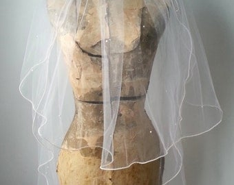 Vintage Wedding Veil, Vintage Bridal Veil, White Veil, White Wedding Veil, Pearl Wedding Veil, Short Wedding Veil, Short Bridal Veil