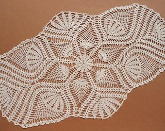 """Oval crochet doily , ecru doily , pineapple crochet doily , oval lace doilies , 26 """"/ 16 """""""