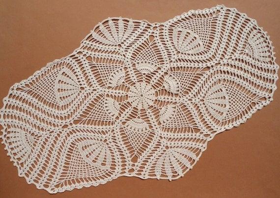 Oval crochet doily ecru doily pineapple crochet doily - Napperon crochet chemin de table ...