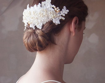 Pearl and Gold Wedding Head piece, Lace Bridal Hair Comb, Bridal Hair Accessories, Lace Bridal Comb, Ivory Lace Hair Piece, READY to SHIP
