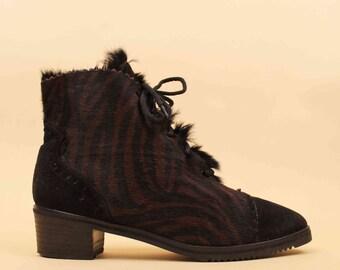 70s 80s Vtg Genuine Pony FUR Lace Up Zebra Print Ankle Boot / Pointed Toe Chunky Platform Heel 8.5 8 - 9 Eu 38.5 39 40