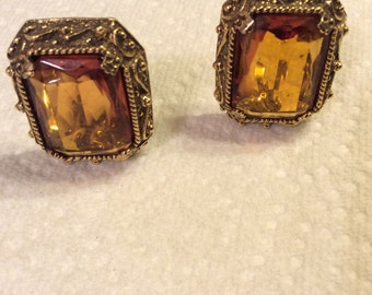 Vintage Glass Honey/Amber Clip Earrings