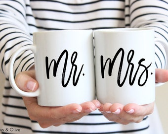 Mr and Mrs Coffee Mugs Mr and Mrs Mugs Set of 2 Couple Mugs Mr and Mrs Gift Mugs Wedding Mugs Engagement Gift Wedding Gift for Couples W0010