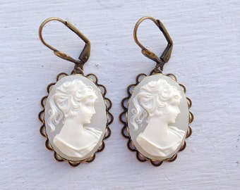 Gift For Her/Cameo Earrings/Cream Cameo Earrings/White Cameo Earrings/Downton Abbey Earrings/Gifts For Her/Cameos/Victorian Earrings