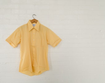 Mustard Yellow Mens Dress Shirt - Vintage Retro Button Down - Short Sleeve Exaggerated Collar NOS Size Medium