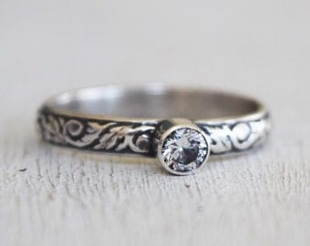 Sterling Silver Floral Wedding Band - Cubic Zirconia - Tube Set Gemstone - Classic - Solitaire Ring - Gift For Her - Anniversary - Size 9