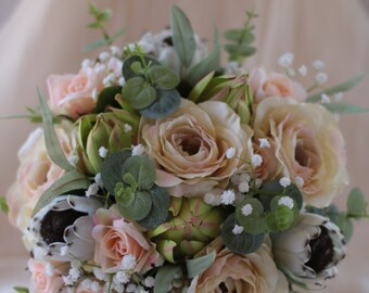 Nellie's Bestie - Protea and roses bouquet.