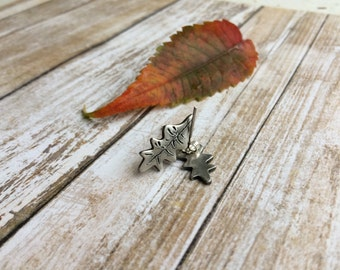 Silver Oak Leaf Earrings, Fall Jewelery, Fine Silver, Gift for Women, Gift Under 40
