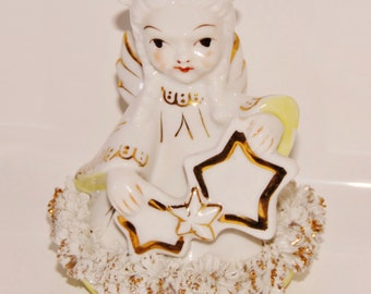 Beautiful Angel figurine with spaghetti trim & gold accents ~ BLUME Japan ~ 1950's