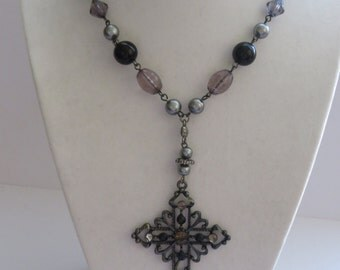 Vintage Antique Silver Tone Necklace with Cross Pendant