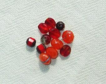 Red Glass Beads - 12 pcs - Jewelry Making Supplies