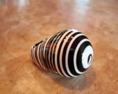 R SOBRAL JACKIE BRAZIL Huge Liquorice Black And White Rare Hard To Find Eye Design Concentric Circle Resin High Dome Ring Size 8