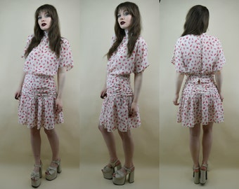 80s White Pink Abstract Print Drop Waist Ruched Gathered Button Back Flared Skirt High Neck Cyndi Lauper Mini Dress S