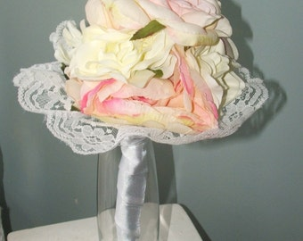 Classic Pink/Cream Bouquet with Lace