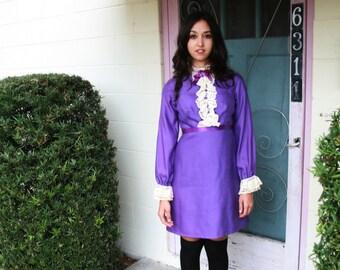 Vintage 60s Dolly Bib Dress Lace Cuffs and Collar Purple Size Small - Medium