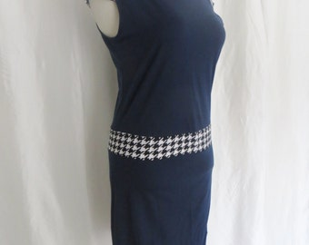 Navy blue womens dress, 70s short sleeve, chemise style, short summer day dress