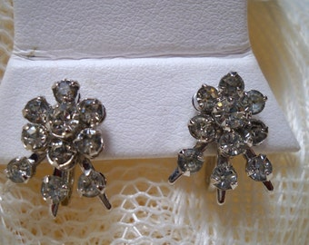 Vintage Rhinestone Flower Earrings, Prong Set Clear Rhinestone Earrings, Wedding Earrings, Craft Earrings, Beautiful Clear Rhinestone Flower