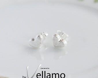 Tiny stud earrings, sterling silver heart post earrings, very small stud earrings, miniature delicate ear-rings, minimalist heart earrings