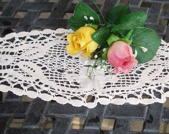 French hand crochted Doily, Victorian Doily, handmade, Edwardian decor, Downton Abbey, 1900s